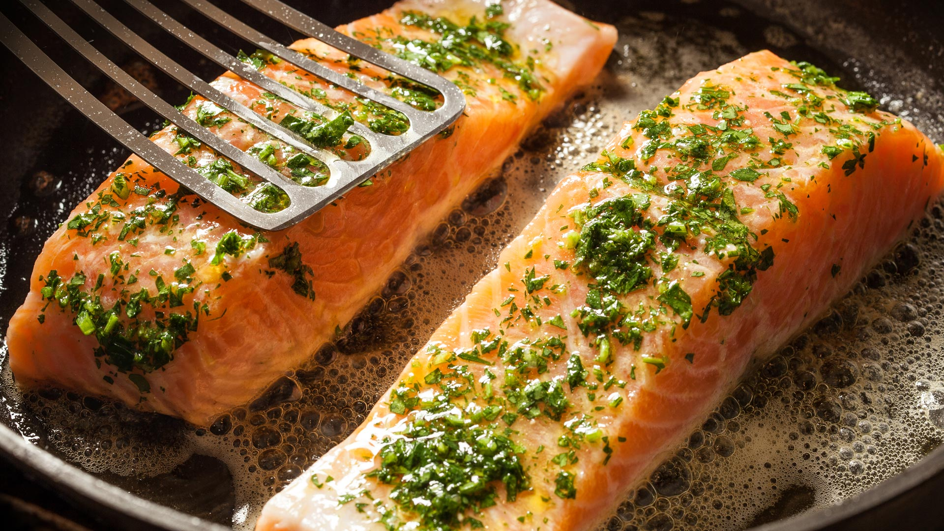 A Detailed Guide on How to Cook Salmon in the Oven in Impressive Styles