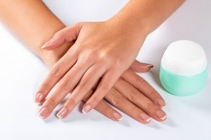coconut oil uses for nails