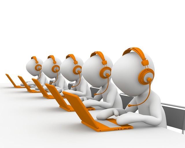 Top 6 reasons to start using VoIP telecommunication now if you are a small business.