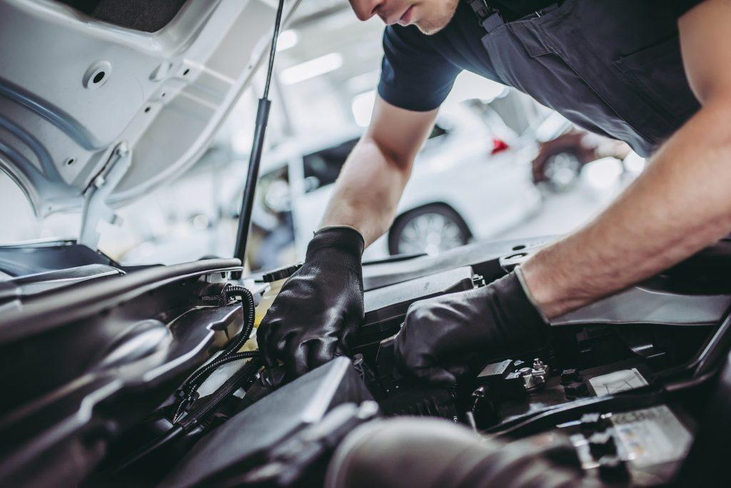Summer Car Maintenance Checklist in Phoenix