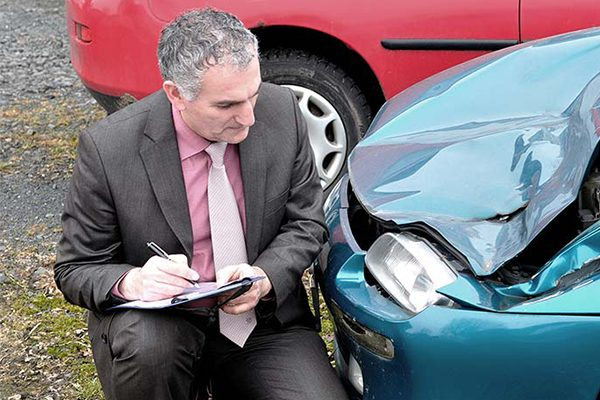 Should I Hire Any Lawyer for Accident Case?
