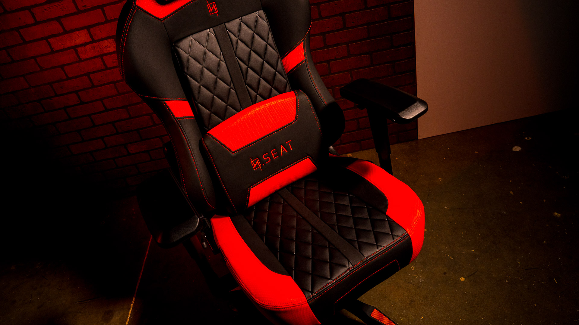 15 Cheap Gaming Chairs Under $200 [February 2020]