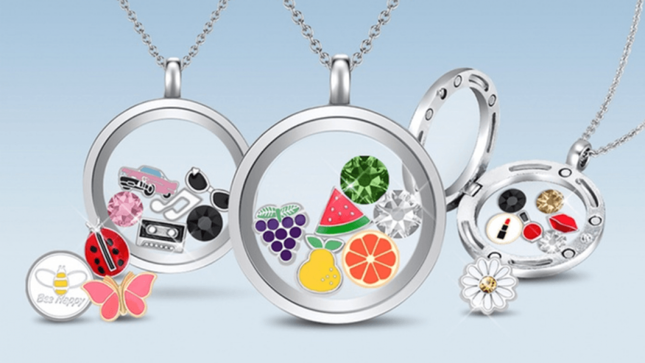 Why you should buy a Floating Charm Locket for your next gift?