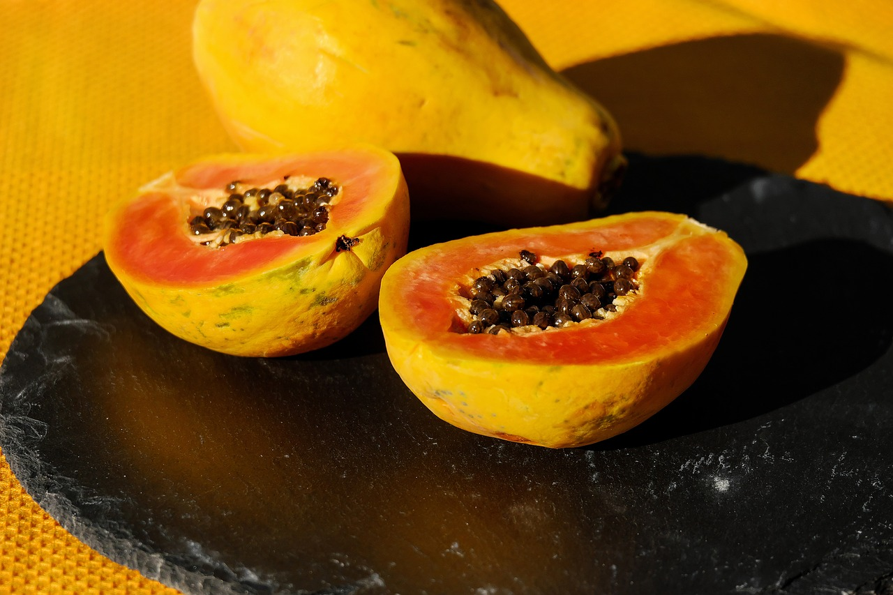Green and Ripe Papaya Benefits and Side Effects