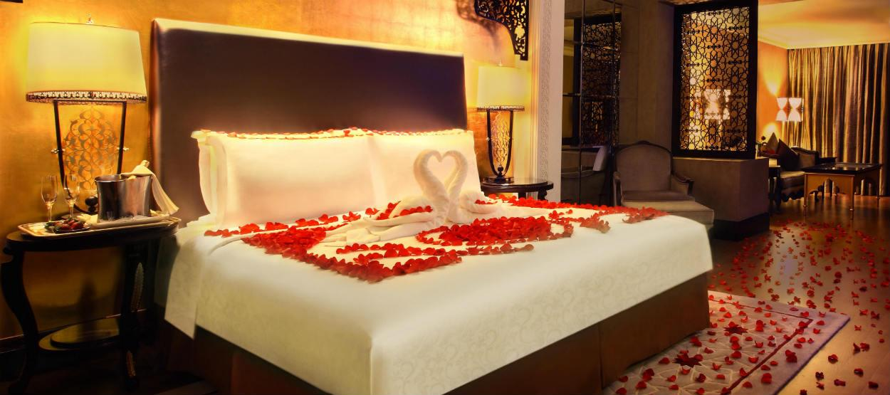Bring Back the Romance with a Stay in a Serviced Apartment in Dubai