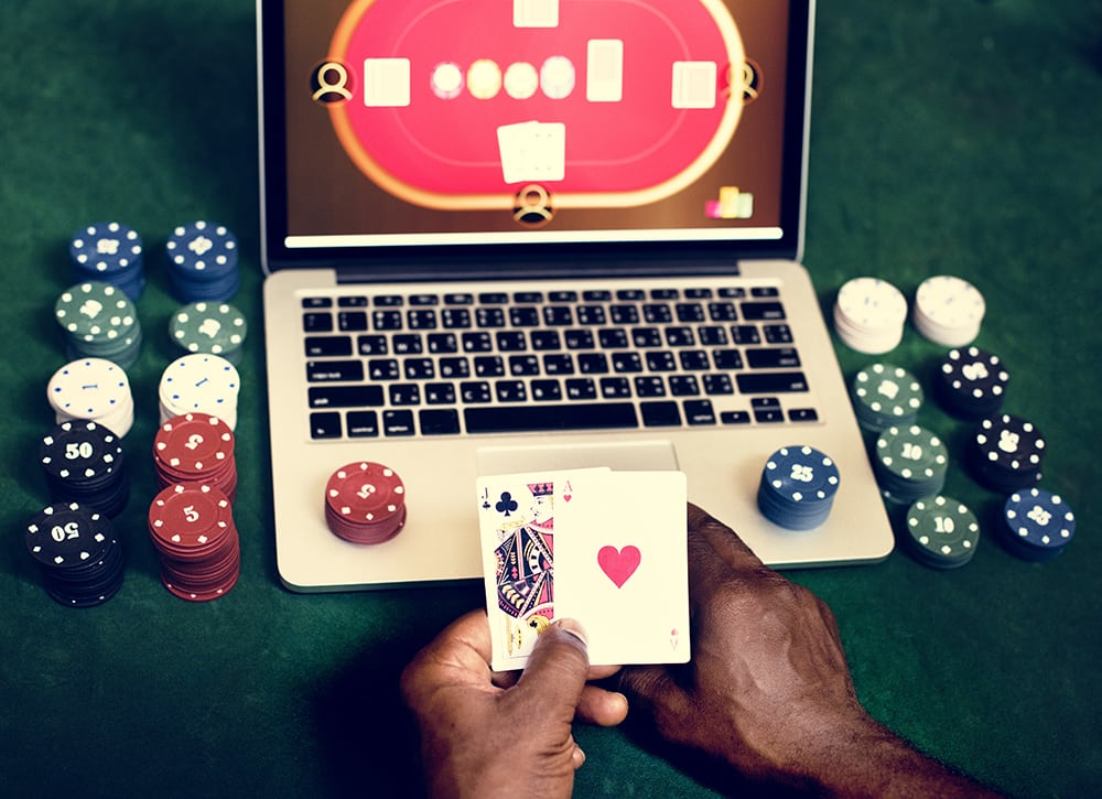 How to Protect Yourself When Gambling Online