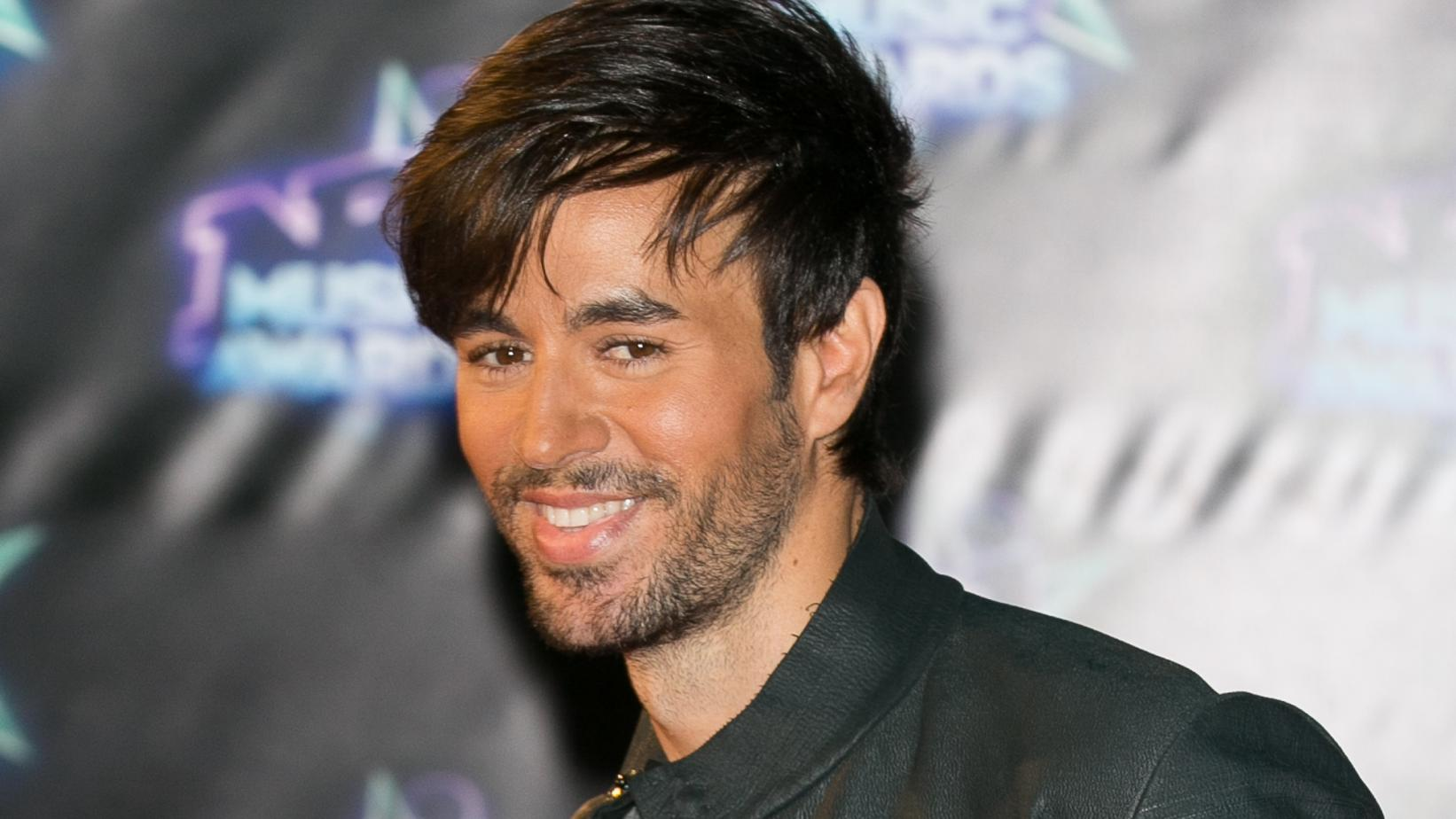 Enrique Iglesias's Net Worth: His Career and Life Lessons