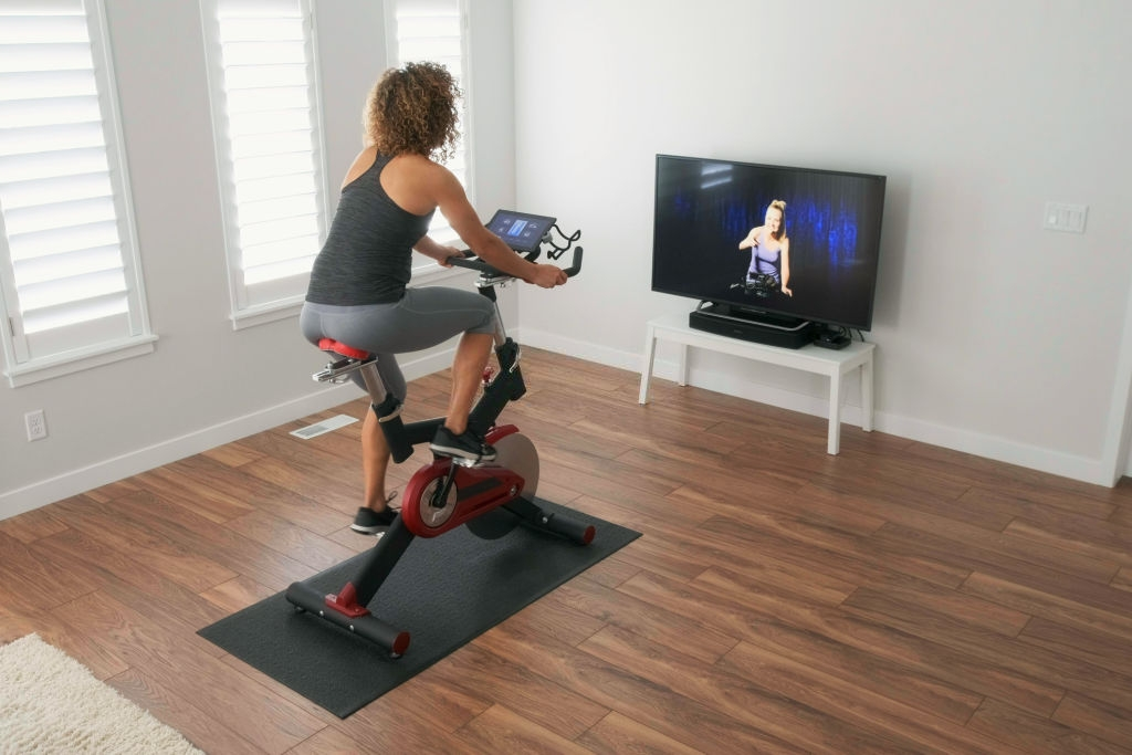 10 Essential Tips Before Buying a Spin Bike for your Home