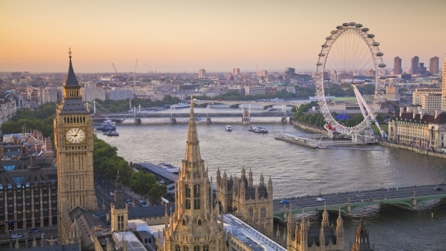 Top reasons to explore London outskirts