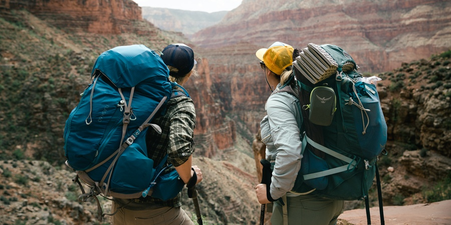 How to do compact backpacking during a hike?