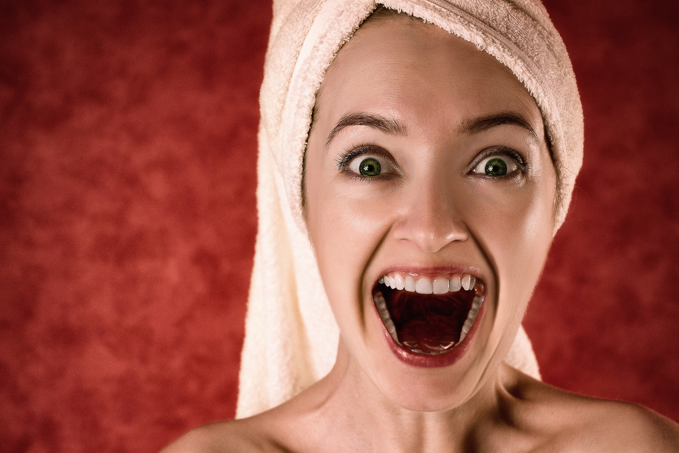 How to Get Rid of Yellow Teeth Using Home Remedies