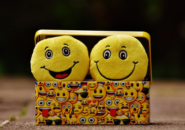 4 Reasons Why You Should Be Expressive With Emojis When Chatting