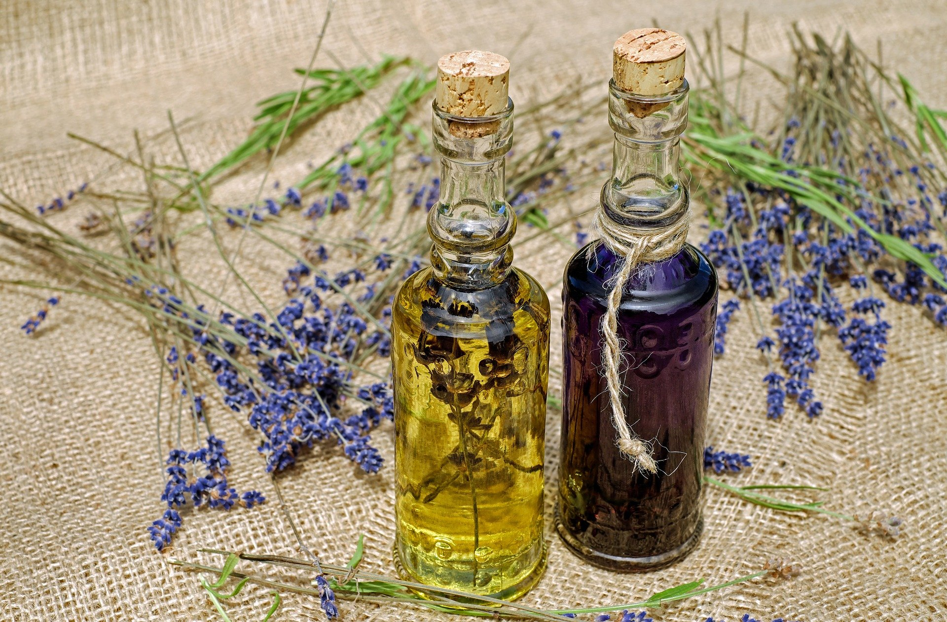 Essential Oils for Sleep – How to Use Essential Oils for Sleep