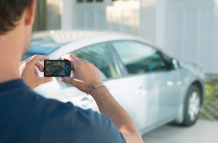How to Use Photography to Sell Your Car