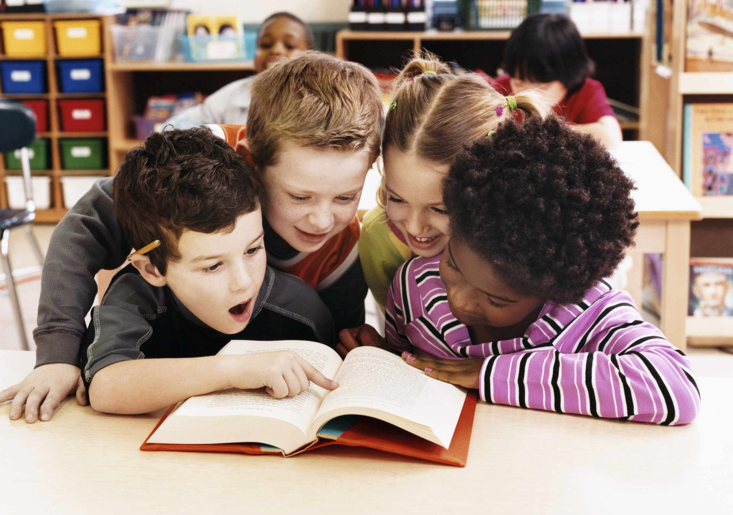 10 Non-boring Ways to Get Kids Excited About Reading