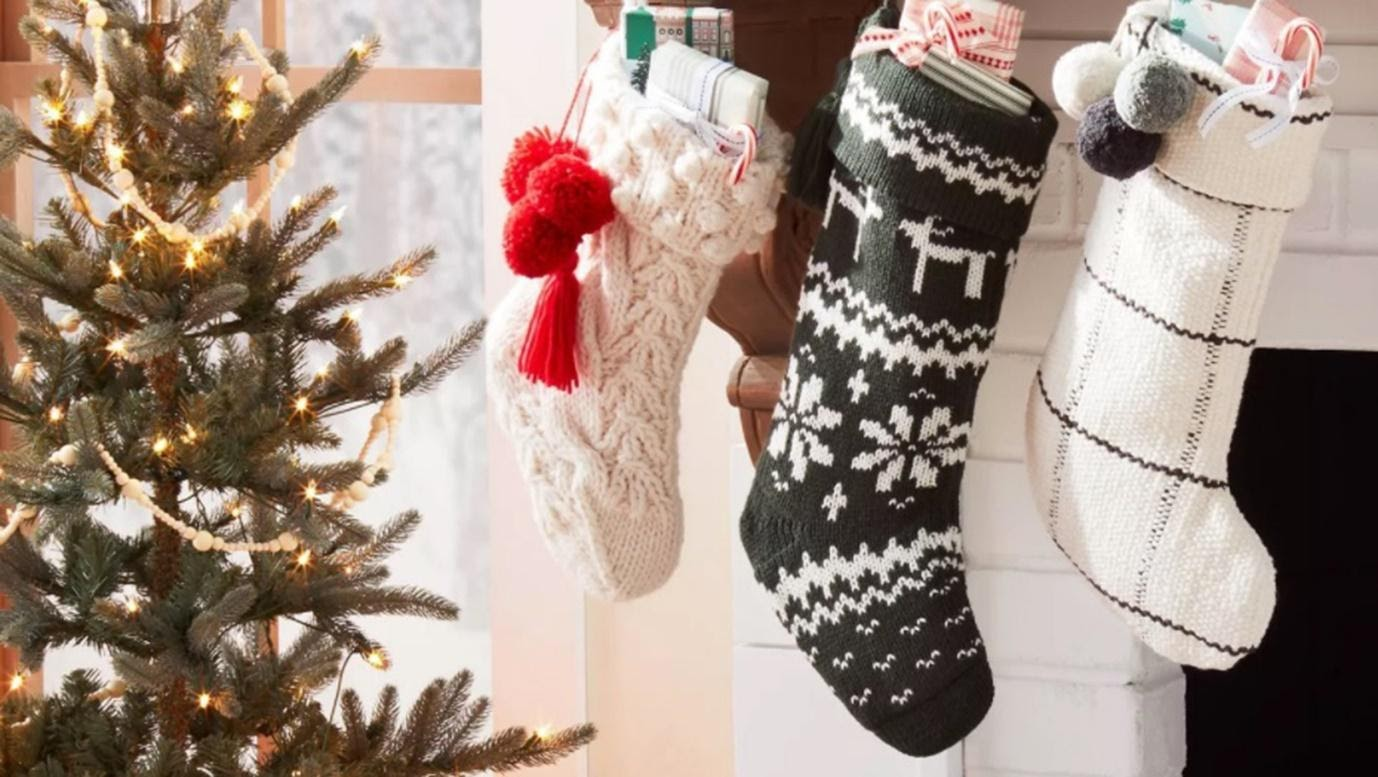 6 Tips for Preparing Your Home for the Holidays on a Budget